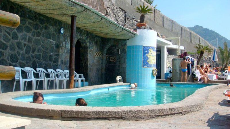 piscine-hotel-la-gondola-1