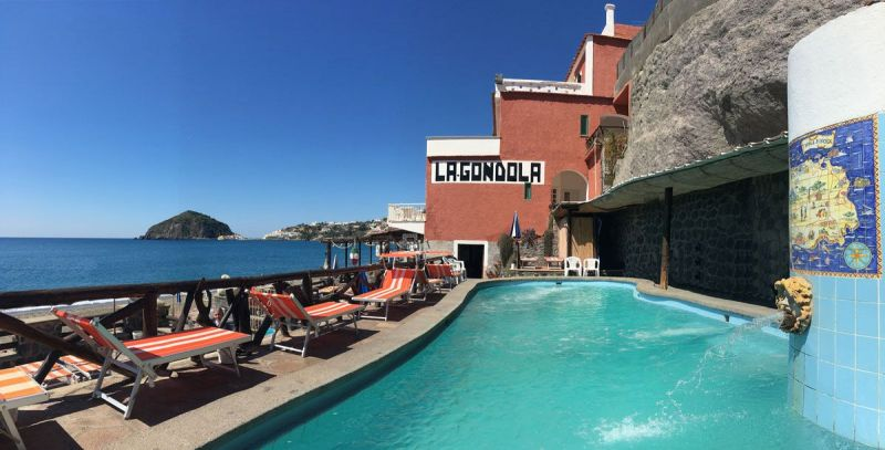 piscine-hotel-la-gondola-3