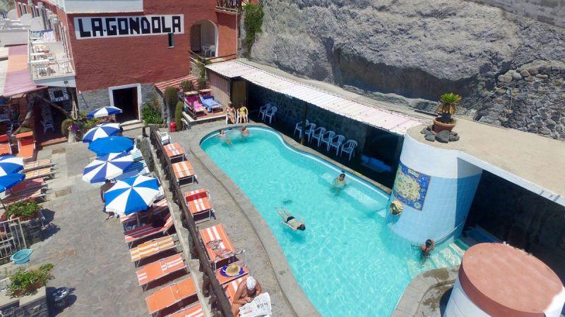 piscine-hotel-la-gondola-5